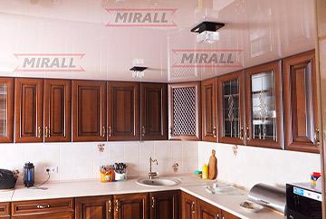 Фотографії натяжних стель в кухні
